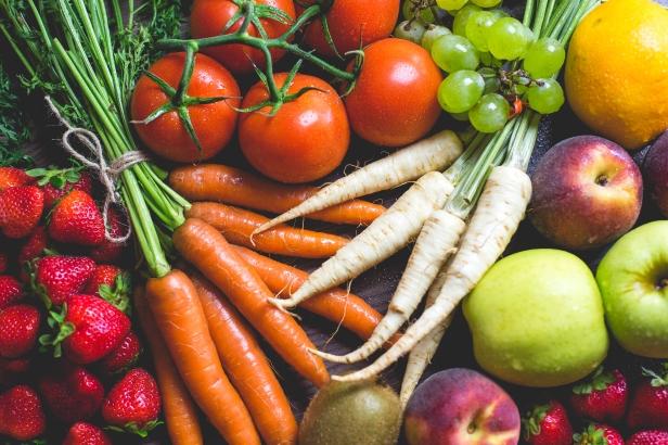 fresh-colorful-fruits-and-vegetables-picjumbo-com